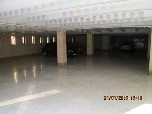 پارکینگ آپارتمان اداری